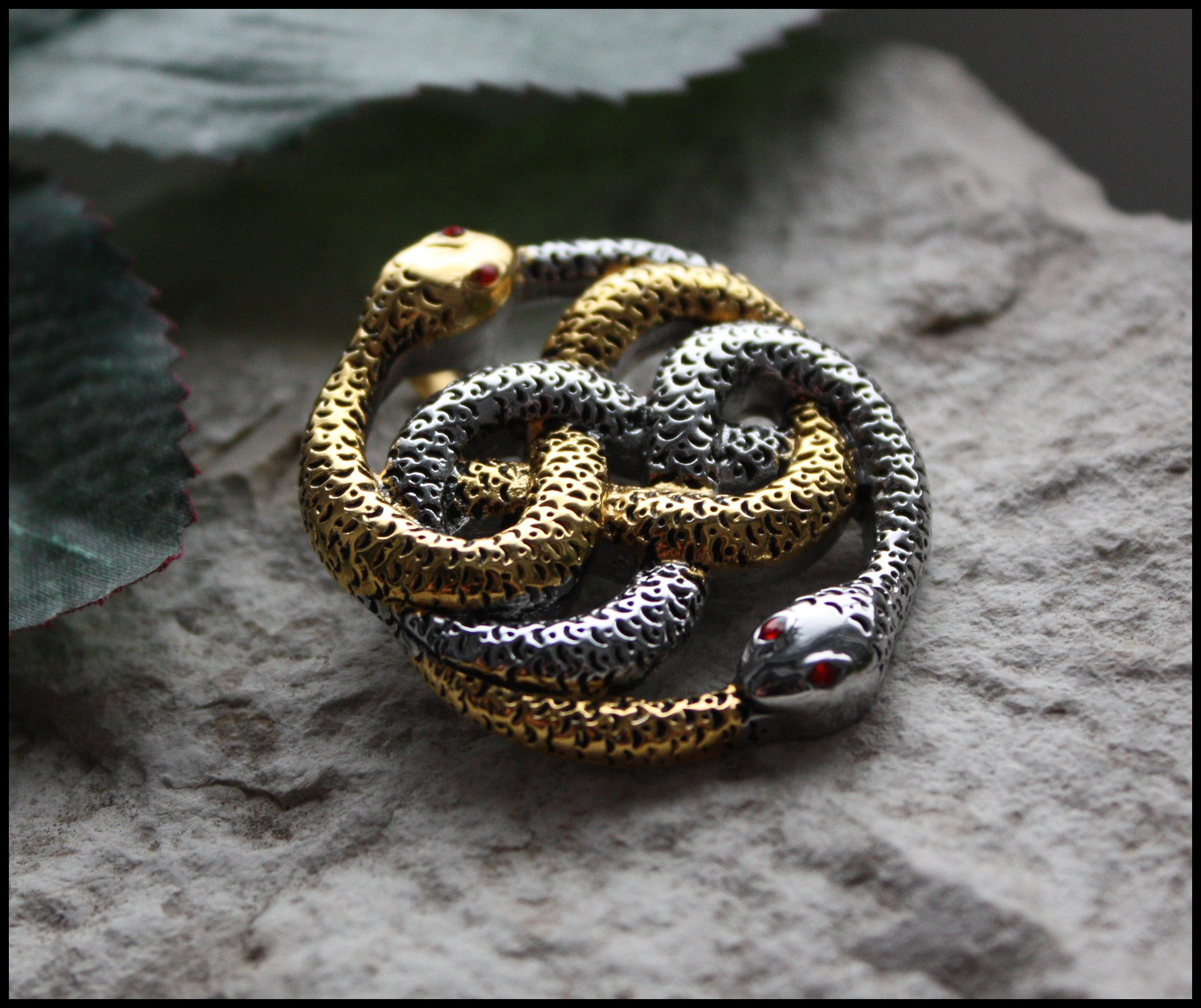 2b5a40a4f88 AWESOME !!! AURYN PENDANT STEEL 316L 24K GOLD PL .