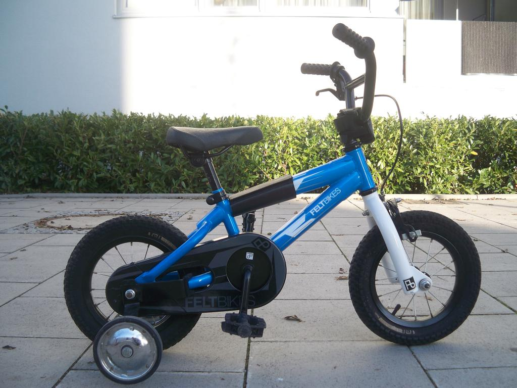 kinderfahrrad 12 zoll felt bikes base bmx ebay. Black Bedroom Furniture Sets. Home Design Ideas