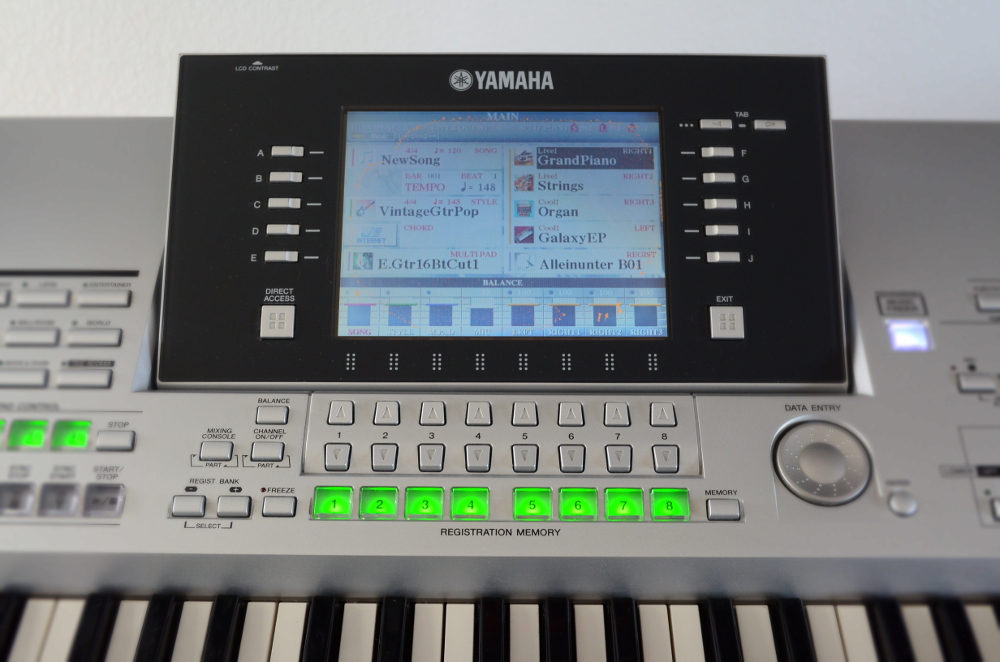 yamaha tyros 2 entertainerkeyboard incl st nder. Black Bedroom Furniture Sets. Home Design Ideas